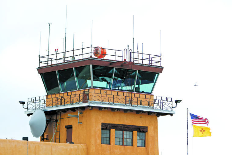 Photo of Santa Fe Airport tower
