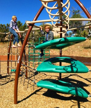 Play equipment at Southridge / Calle Lorca Park